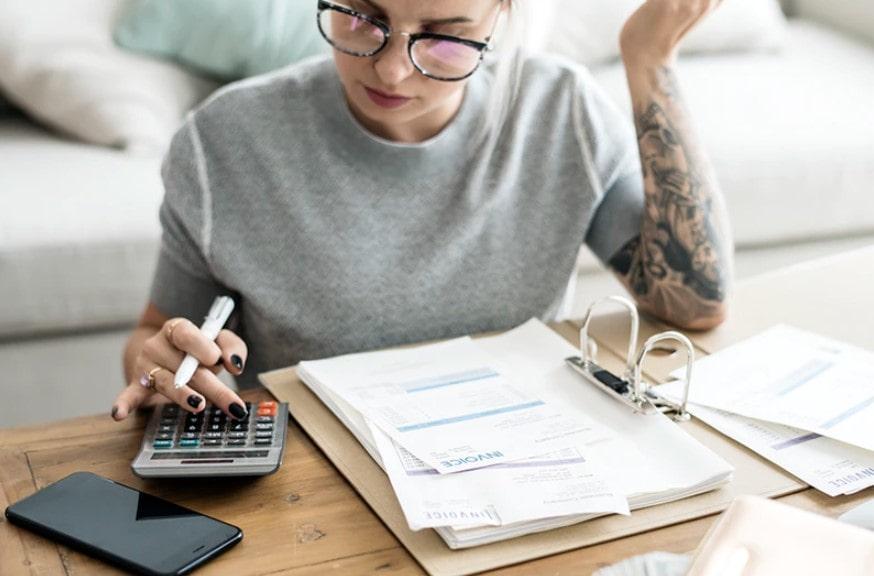 hoe betaal je belasting als nanny of gastouder